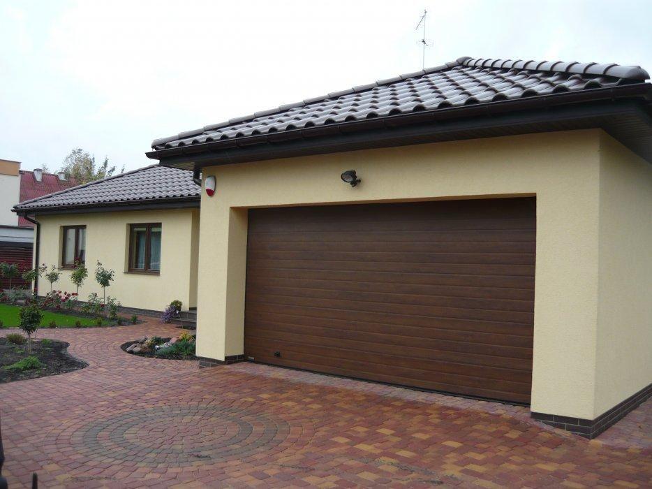 sekčná garážová brána hnedá ekoprofil.sk