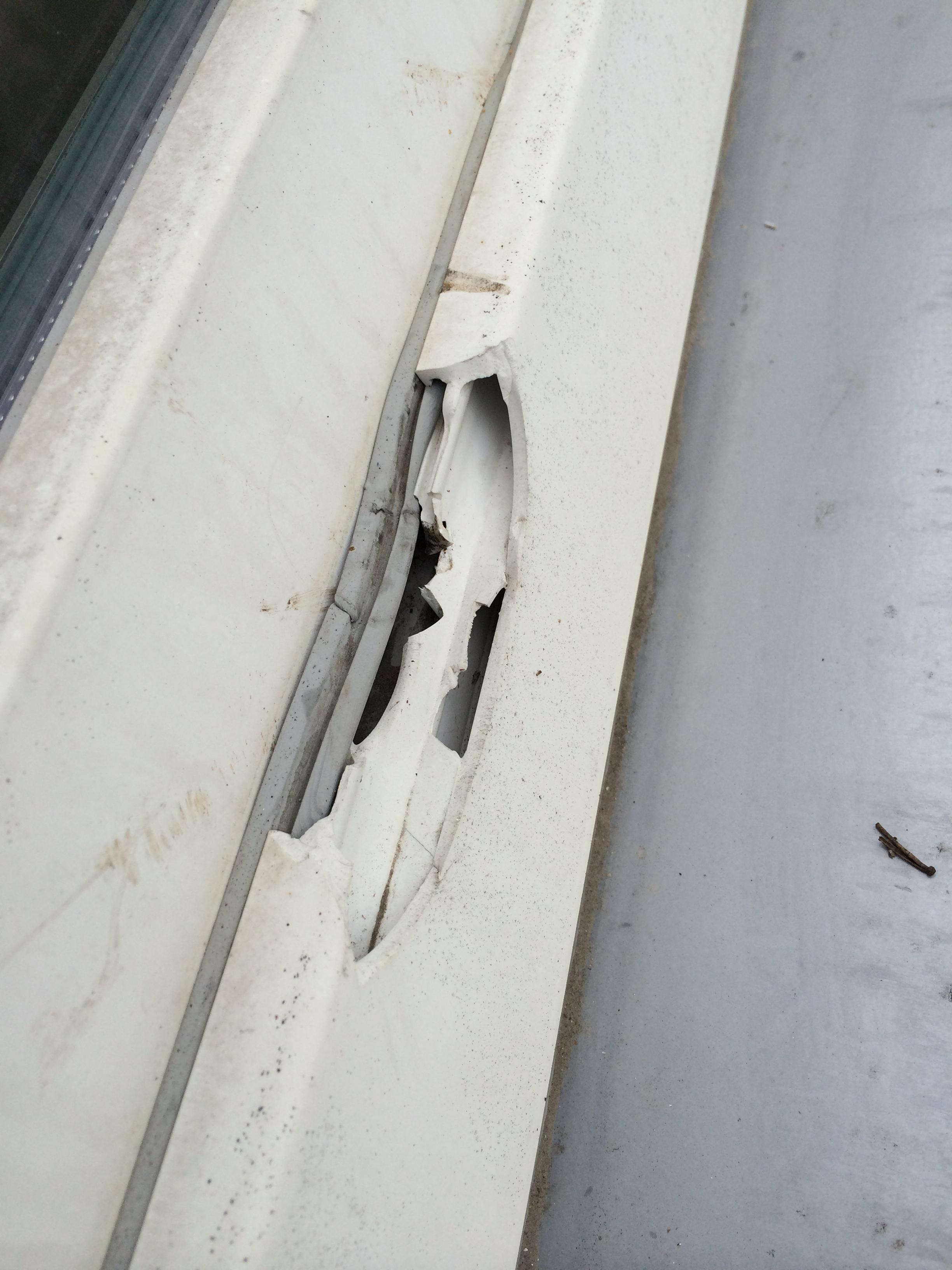 Plastové okná s bezpečeným kovaním ekoprofil.sk